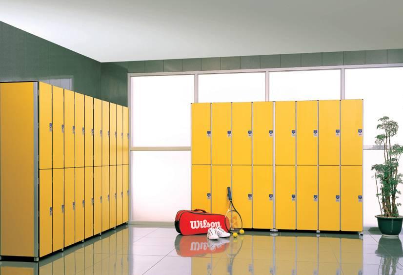 Шкафы и другие аксессуары для фитнес клубов.