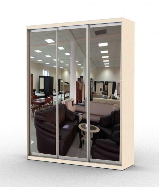 стандартный шкаф-купе с тремя зеркальными дверьми